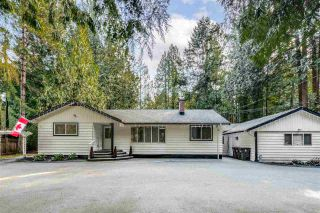 Photo 2: 14124 CRESCENT Road in Surrey: Elgin Chantrell House for sale (South Surrey White Rock)  : MLS®# R2552873