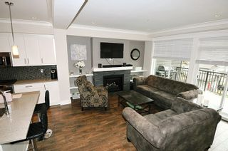 "Photo 3: 24 11461 236 Street in Maple Ridge: East Central Townhouse for sale in ""TWO BIRDS"" : MLS®# R2146030"