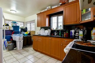 Photo 4: 2652 E 5TH Avenue in Vancouver: Renfrew VE House for sale (Vancouver East)  : MLS®# R2152561