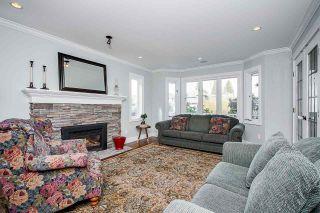 "Photo 3: 11986 COTTONWOOD Avenue in Delta: Sunshine Hills Woods House for sale in ""SUNSHINE HILLS/WOODS"" (N. Delta)  : MLS®# R2561955"
