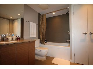 """Photo 8: 1104 135 E 17TH Street in North Vancouver: Central Lonsdale Condo for sale in """"Local on Lonsdale"""" : MLS®# V1137022"""