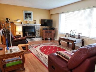 Photo 4: 46470 ANDERSON Avenue in Chilliwack: Fairfield Island House for sale : MLS®# R2503283