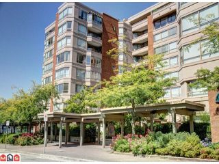 """Photo 1: 410 15111 RUSSELL Avenue: White Rock Condo for sale in """"Pacific Terrace"""" (South Surrey White Rock)  : MLS®# R2127847"""