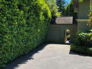 Photo 3: 1926 MATTHEWS Avenue in Vancouver: Shaughnessy House for sale (Vancouver West)  : MLS®# R2587003