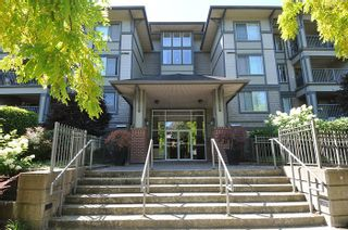 "Photo 1: 315 2468 ATKINS Avenue in Port Coquitlam: Central Pt Coquitlam Condo for sale in ""THE BORDEAUX"" : MLS®# R2195449"