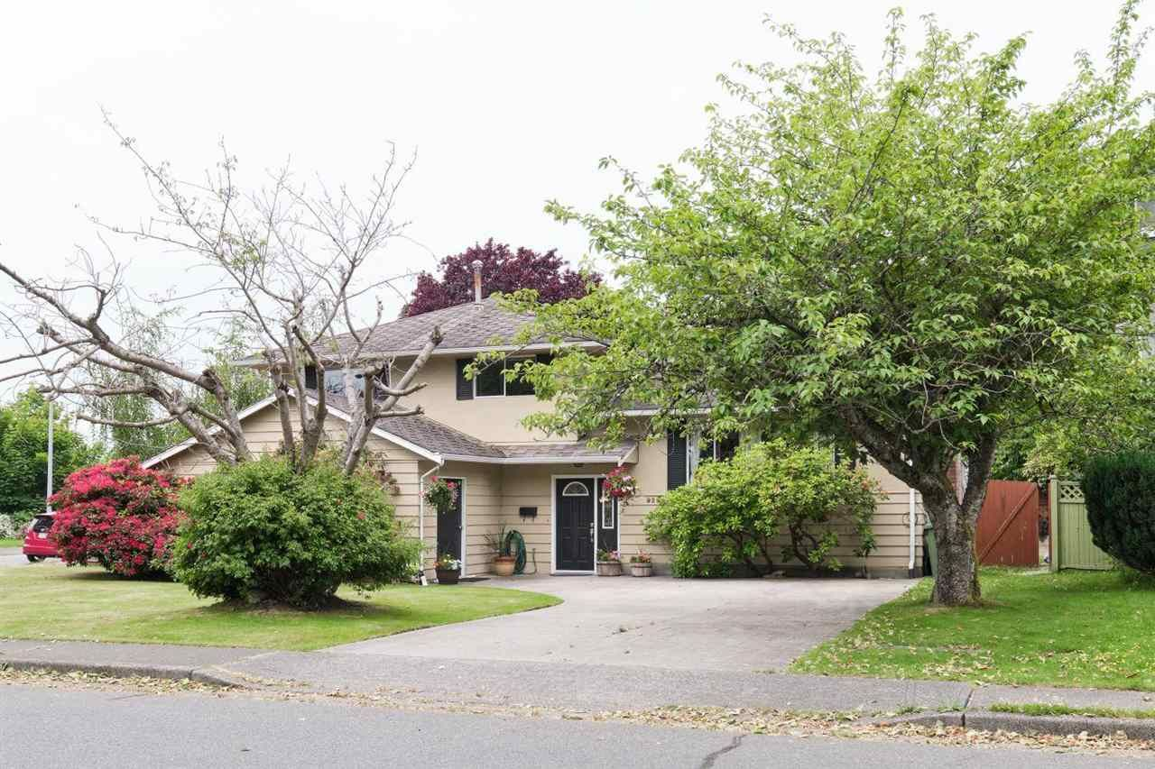Main Photo: 9291 GLENALLAN Drive in Richmond: Saunders House for sale : MLS®# R2589920