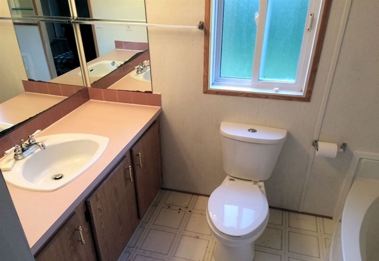 """Photo 10: Photos: 8 62790 FLOOD HOPE Road in Hope: Hope Center Manufactured Home for sale in """"SILVER RIDGE ESTATES"""" : MLS®# R2115659"""