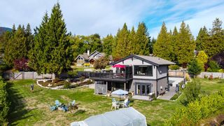 Photo 2: 1473 VERNON Drive in Gibsons: Gibsons & Area House for sale (Sunshine Coast)  : MLS®# R2622855