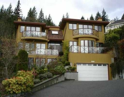 Main Photo:  in West Vancouver: Home for sale : MLS®#  V528275