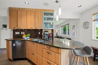 Photo 5: 327 W 26TH Street in North Vancouver: Upper Lonsdale House for sale : MLS®# R2582340