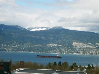 Photo 1: 3907 West 12th Avenue in Vancouver: Point Grey Home for sale ()