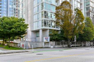 "Photo 29: 310 161 W GEORGIA Street in Vancouver: Downtown VW Condo for sale in ""COSMO"" (Vancouver West)  : MLS®# R2503514"