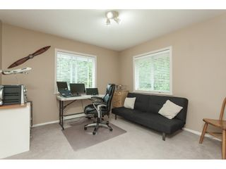 "Photo 16: 5443 184A Street in Surrey: Cloverdale BC House for sale in ""HUNTER PARK"" (Cloverdale)  : MLS®# R2386719"