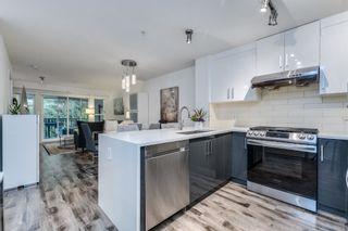 "Photo 3: 411 3050 DAYANEE SPRINGS Boulevard in Coquitlam: Westwood Plateau Condo for sale in ""BRIDGES"" : MLS®# R2608259"