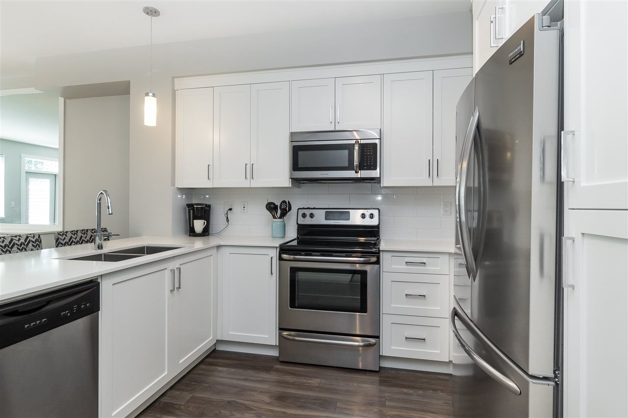 """Photo 9: Photos: 13 2850 MCCALLUM Road in Abbotsford: Central Abbotsford Townhouse for sale in """"Urban Hillside"""" : MLS®# R2478598"""