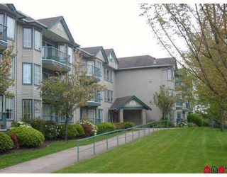 "Photo 1: 210 20881 56TH Avenue in Langley: Langley City Condo for sale in ""Robert's Court"" : MLS®# F2712620"