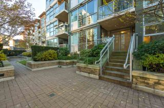 """Photo 18: 206 189 NATIONAL Avenue in Vancouver: Mount Pleasant VE Condo for sale in """"THE SUSSEX"""" (Vancouver East)  : MLS®# R2018042"""
