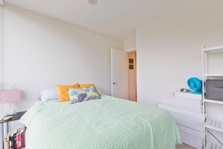 """Photo 10: 1101 125 COLUMBIA Street in New Westminster: Downtown NW Condo for sale in """"NORTHBANK"""" : MLS®# R2231042"""