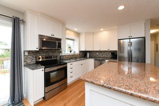 Photo 15: 582 Salish St in : CV Comox (Town of) House for sale (Comox Valley)  : MLS®# 872435