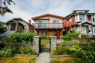Photo 3: 3383 WILLIAM ST Street in Vancouver: Renfrew VE House for sale (Vancouver East)  : MLS®# R2513965