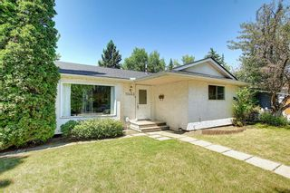 Photo 2: 10443 Wapiti Drive SE in Calgary: Willow Park Detached for sale : MLS®# A1128951