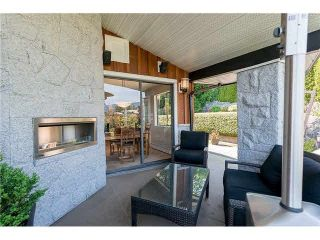 "Photo 16: 1403 CHIPPENDALE Road in West Vancouver: Chartwell House for sale in ""CHARTWELL"" : MLS®# R2235485"