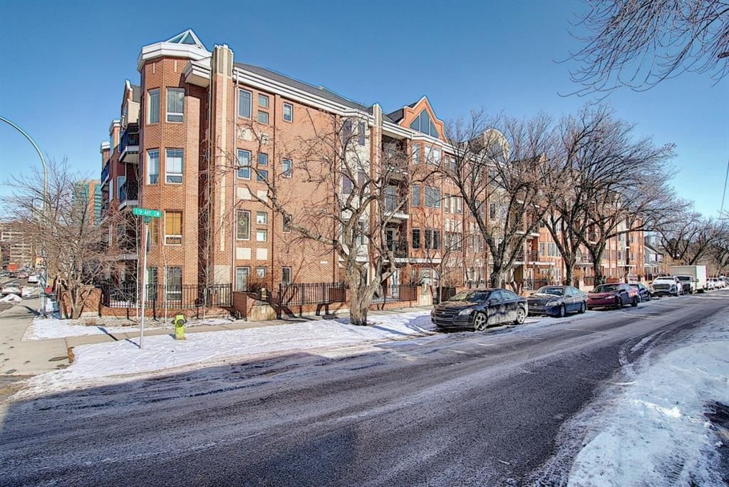 Main Photo: 110 838 19 Avenue SW in Calgary: Lower Mount Royal Apartment for sale : MLS®# A1073517