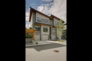 """Photo 2: 1149 NATURE'S GATE Crescent in Squamish: Downtown SQ Townhouse for sale in """"Natures Gate"""" : MLS®# R2104476"""