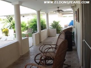 Photo 17: Playa Blanca Villa for Sale!