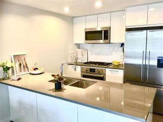 Photo 13: 211 3281 E KENT AVENUE NORTH Avenue in Vancouver: South Marine Condo for sale (Vancouver East)  : MLS®# R2463962
