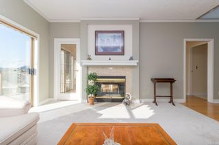 Photo 7: 24 4318 Emily Carr Dr in : SE Broadmead Row/Townhouse for sale (Saanich East)  : MLS®# 867396