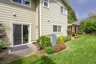 Photo 2: 1609 Cypress Ave in : CV Comox (Town of) House for sale (Comox Valley)  : MLS®# 876902
