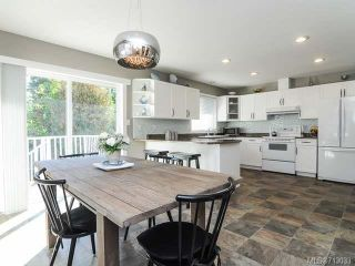 Photo 4: 1706 QUATSINO PLACE in COMOX: CV Comox (Town of) House for sale (Comox Valley)  : MLS®# 713033