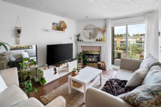 Photo 3: 412 898 Vernon Ave in Saanich: SE Swan Lake Condo for sale (Saanich East)  : MLS®# 884358