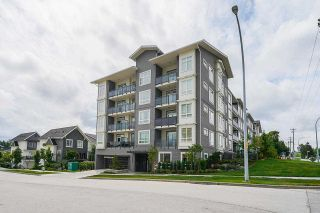 """Photo 1: 114 13628 81A Avenue in Surrey: Bear Creek Green Timbers Condo for sale in """"King's Landing"""" : MLS®# R2592974"""