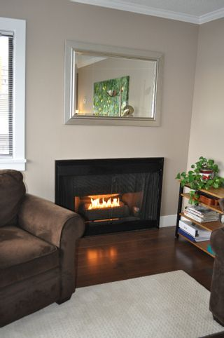 """Photo 3: 307 175 E 5TH Street in North Vancouver: Lower Lonsdale Condo for sale in """"WELLINGTON MANOR"""" : MLS®# V870783"""