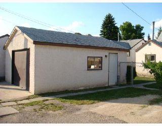 Photo 10: 610 CHALMERS Avenue in WINNIPEG: East Kildonan Residential for sale (North East Winnipeg)  : MLS®# 2815098