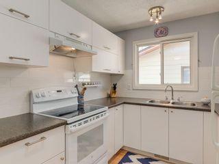 Photo 9: 20 FALCONRIDGE Place NE in Calgary: Falconridge Semi Detached for sale : MLS®# C4302854