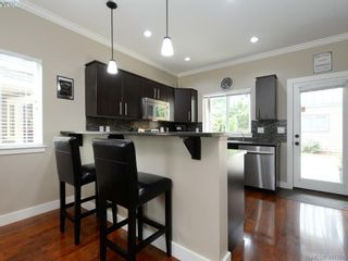 Photo 6: 1284 Parkdale Creek Gdns in VICTORIA: La Westhills House for sale (Langford)  : MLS®# 795585