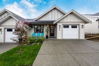 Photo 1: 122 4098 Buckstone Rd in Courtenay: CV Courtenay South Row/Townhouse for sale (Comox Valley)  : MLS®# 887473