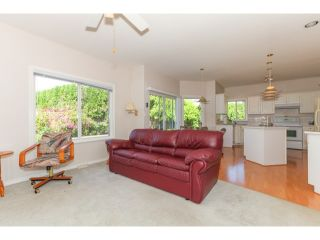 "Photo 8: 23887 ZERON Avenue in Maple Ridge: Albion House for sale in ""KANAKA RIDGE ESTATES"" : MLS®# V1128671"