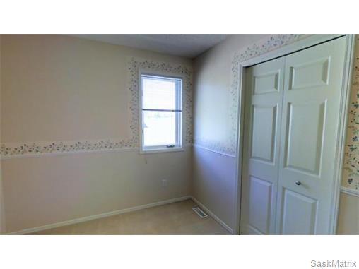 Photo 18: Photos: 606 Forsyth Crescent in Saskatoon: Erindale Single Family Dwelling for sale (Saskatoon Area 01)  : MLS®# 568828