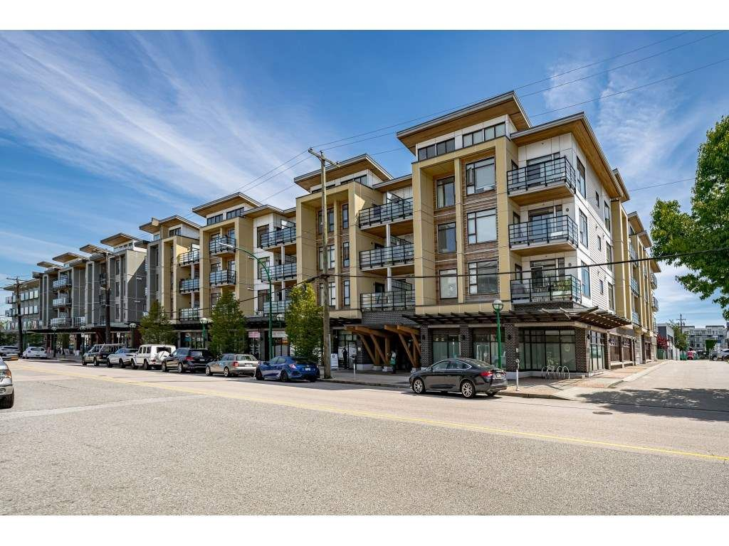 """Main Photo: 226 5248 GRIMMER Street in Burnaby: Metrotown Condo for sale in """"Metro One"""" (Burnaby South)  : MLS®# R2483485"""
