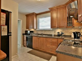 Photo 7: 6 Burncrest Avenue in Toronto: Bedford Park-Nortown House (Bungalow) for sale (Toronto C04)  : MLS®# C2692440