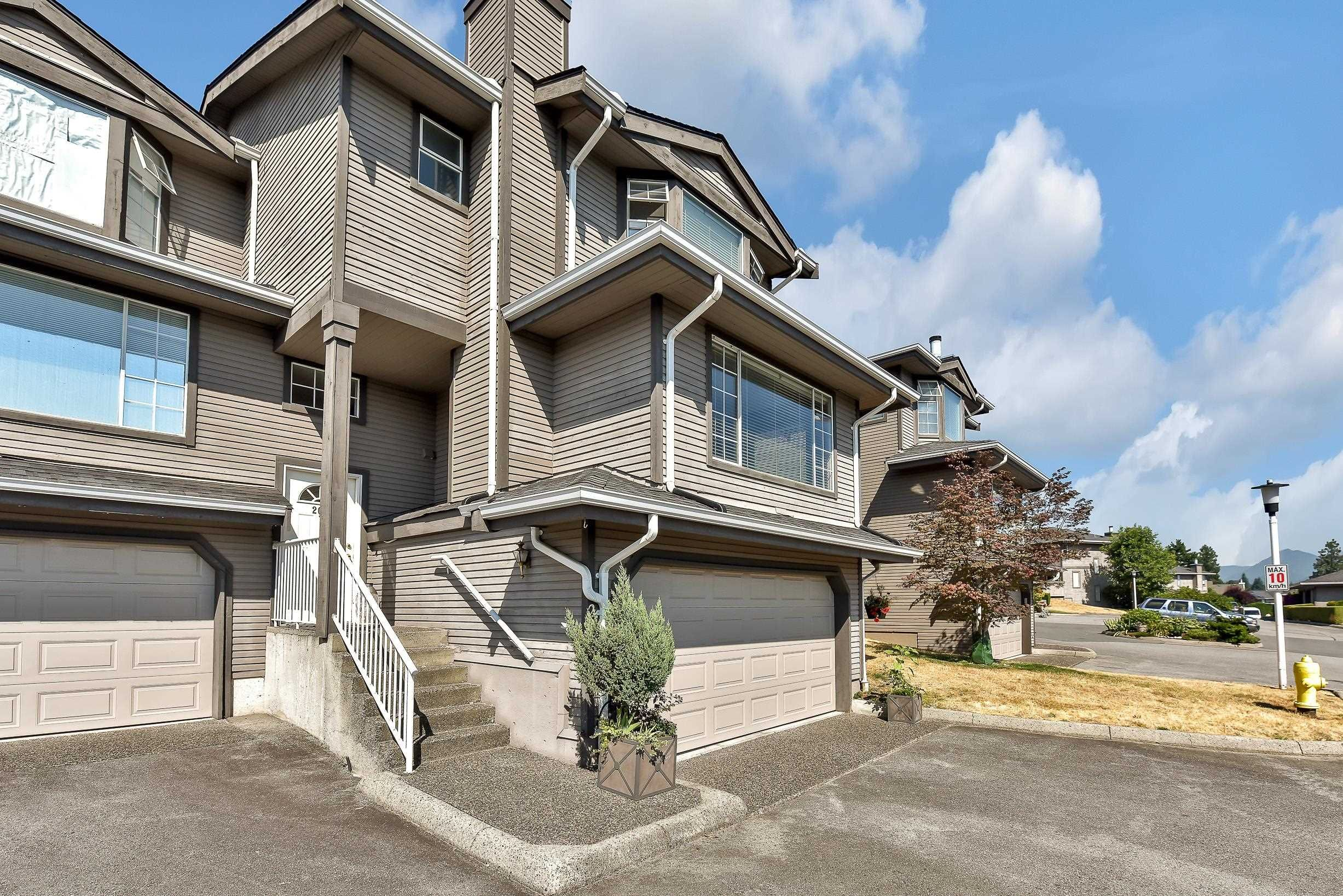 """Photo 4: Photos: 208 1140 CASTLE Crescent in Port Coquitlam: Citadel PQ Townhouse for sale in """"THE UPLANDS"""" : MLS®# R2609078"""