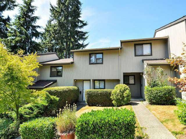 "Main Photo: 887 CUNNINGHAM Lane in Port Moody: North Shore Pt Moody Townhouse for sale in ""WOODSIDE VILLAGE"" : MLS®# V1021537"