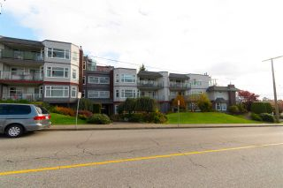 "Photo 1: 405 1220 FIR Street: White Rock Condo for sale in ""Vista Pacifica"" (South Surrey White Rock)  : MLS®# R2345988"