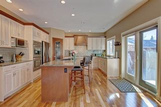 Photo 12: 2603 45 Street SW in Calgary: Glendale Detached for sale : MLS®# A1013600