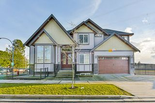 Photo 1: 12598 62 Avenue in Surrey: Panorama Ridge House for sale : MLS®# R2477539