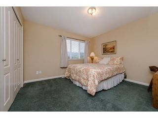 "Photo 15: 36212 SHADBOLT Avenue in Abbotsford: Abbotsford East House for sale in ""Auguston"" : MLS®# R2210971"